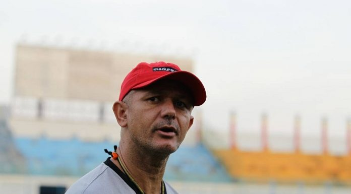 Gomes de Oliveira - Madura United Harus Siap Lawan Borneo FC