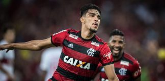 Berita Bola - Lucas Paqueta Diminati PSG