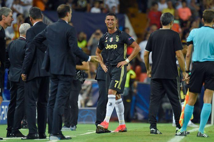Liga Champions - Cristiano Ronaldo Menangis Karna Terima Kartu Merah