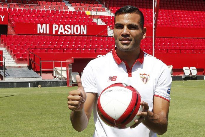 Sevilla - Gabriel Mercado