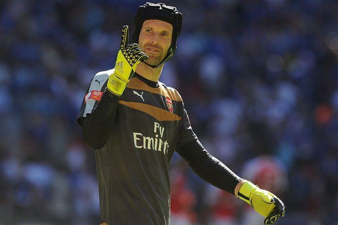 Cech Menepi Satu Bulan Akibat Cedera Hamstring