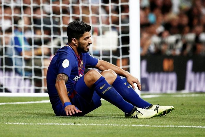 Barcelona; Cedera Lutut, Suarez Absen Bela Barca Selama Dua Pekan