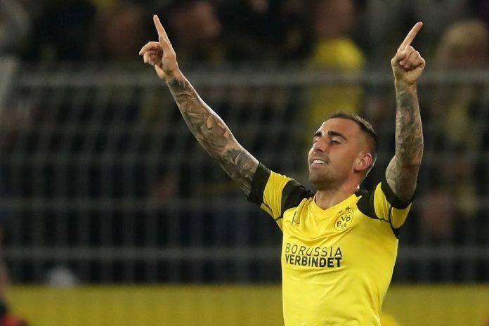 Penyerang Pinjaman Dortmund, Paco Alcacer Hanya Butuh 3 Laga Tuk Lampaui Messi