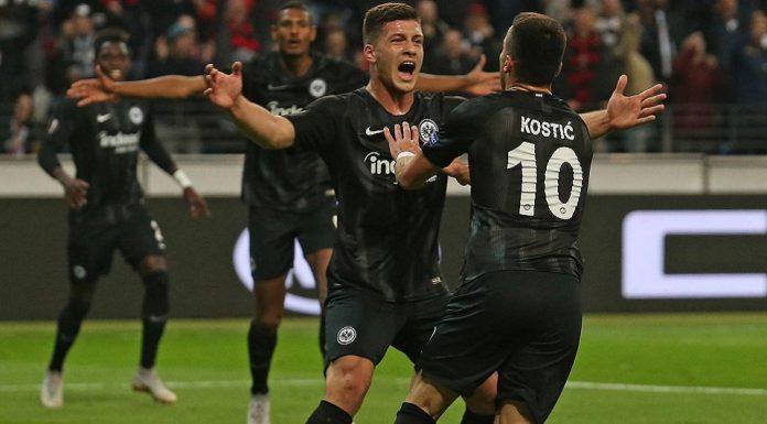 Eintracht Frankfurt Kalahkan Sembilan Pemain Lazio 4-1