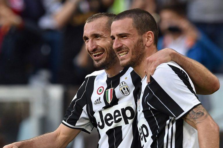 MU Kalah, Mourinho Sanjung Duo Bek Juventus