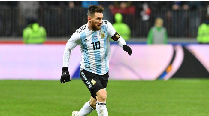 Maradona Tetap Bersahabat Dengan Messi