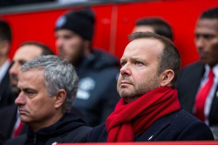Manchester United: Mourinho dan Woodward Siap Berdamai