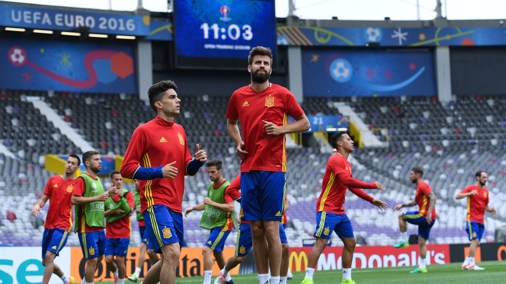 Peran Gerard Pique Di Timnas Spanyol Sulit Tergantikan