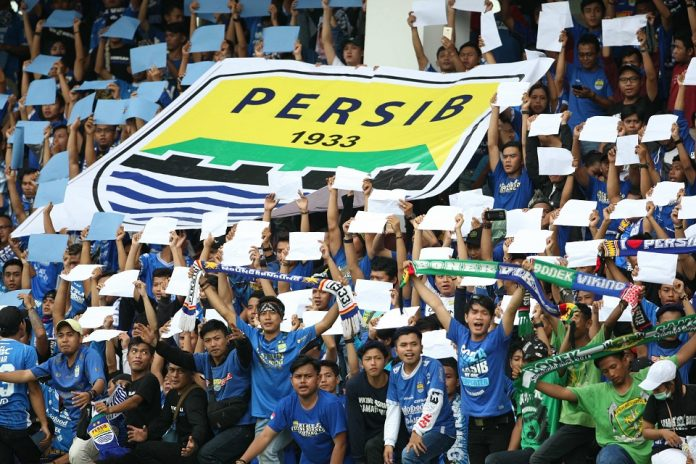 Berita Bola - Sanksi Komdis PSSI Untuk Persib- Terusir Dari Jawa Hingga Akhir Musim