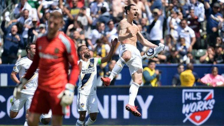 MU Tak Berminat Boyong Zlatan Ibrahimovic, Ini Alasannya!