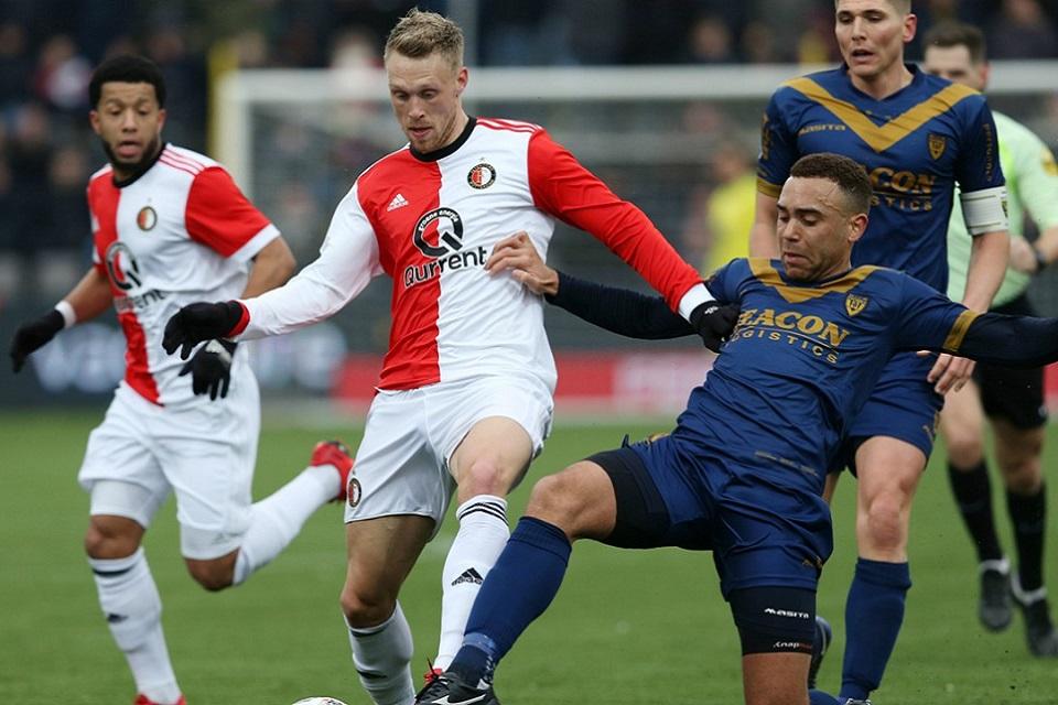 Pertandingan Antara Feyenoord vs VVV Venlo di Tunda Karena Mati Lampu