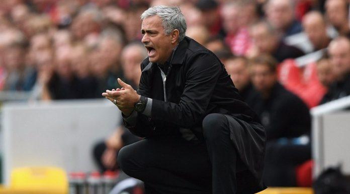 Mourinho Tegaskan Frustasi Di Pinggir Lapangan Itu Hal Biasa Untuk Pelatih