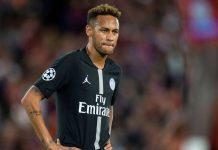 Neymar Diremehkan Wasit