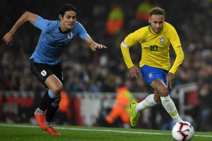 Neymar dan Cavani Beradu Argumen di Laga Persahabatan