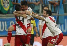 River Plate atasi Gremio, Polisi Bentuk Barikade Amankan Wasit