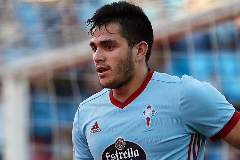 Barcelona Bidik Penyerang Maxi Gomez Tuk Gantikan Suarez