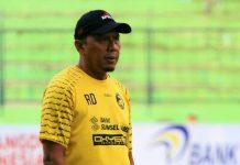 Coach RD Tawarkan Diri Jadi Pelatih Persib Bandung