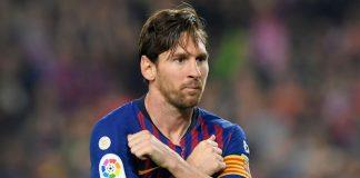 Messi Sabet Trophy Lagi