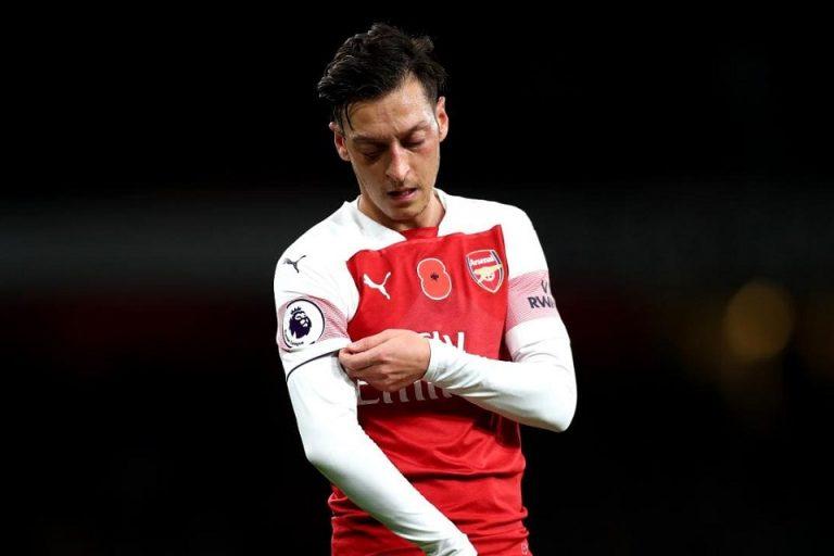 Ozil Sudah Seperti 'Hantu' di Arsenal
