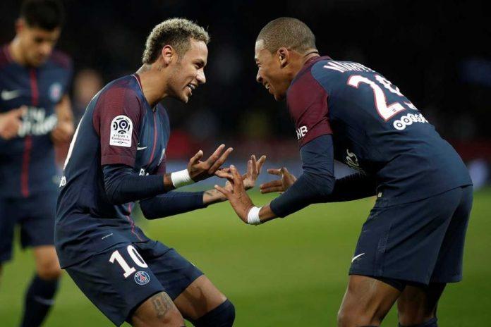 Bagi Pele Neymar Lebih Baik Ketimbang Mbappe