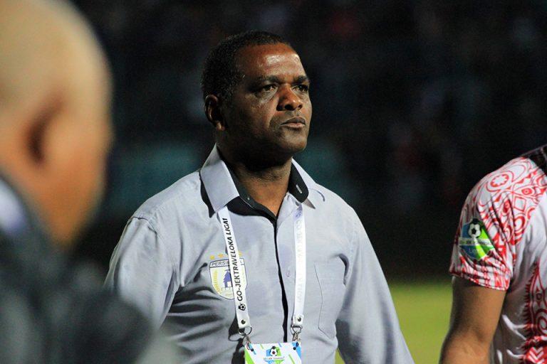 Wanderley Junior Berharap Jadi Pelatih Arema FC