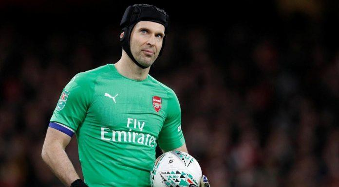 Petr Cech; 4 Besar Target Utama Arsenal Musim Ini