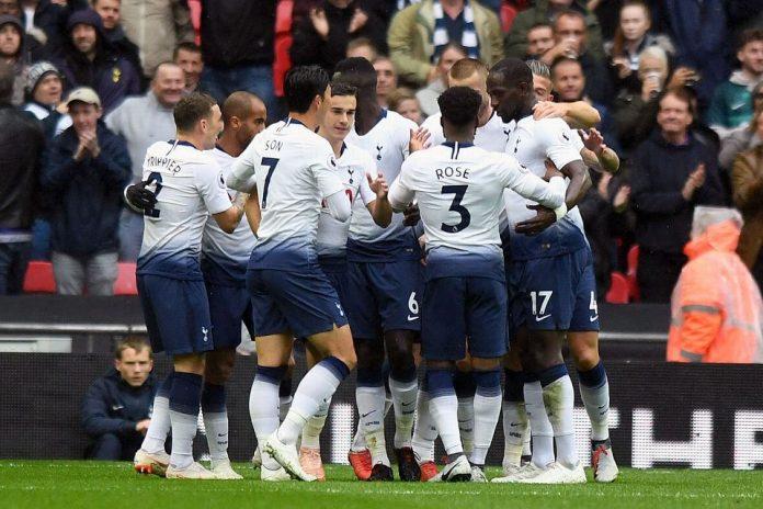 Spurs Buntuti Liverpool di Posisi Dua
