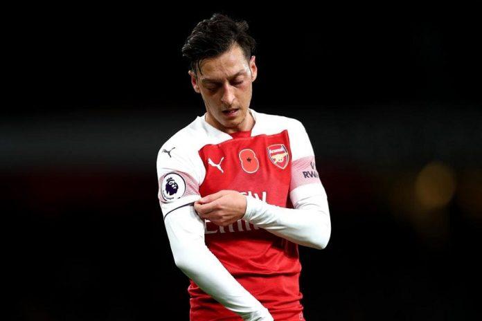 Ozil Sepi Peminat, Arsenal Siap Gigit Jari
