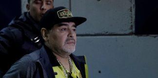 Maradona; Semoga Pilot Yang Membawa Sala Mendarat di Bandara Salah