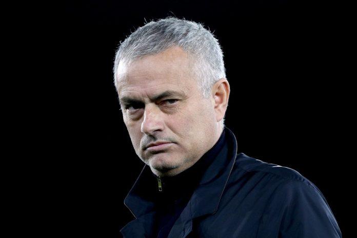 Mourinho Kembali Sindir MU Dengan Memuji Pep dan Klopp