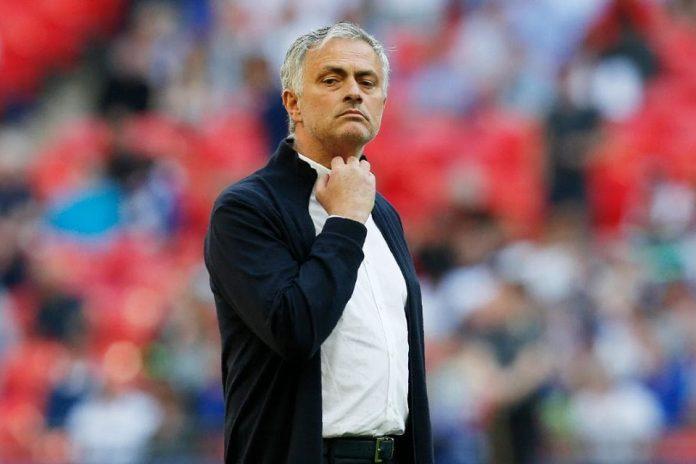 Mourinho dan Keranjang Pakaian Kotor Yang Hampir Merenggut Nyawanya