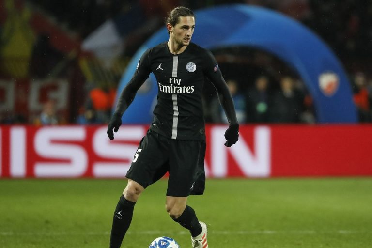 Bayern Isyaratkan Keluar Dari Perburuan Adrien Rabiot