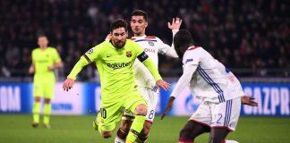 Kisah Kiper Lyon yang Kesulitan Redam Serangan Barcelona