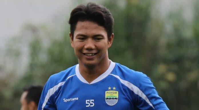 Persija Akan Rekrut Achmad Jufriyanto, Benarkah