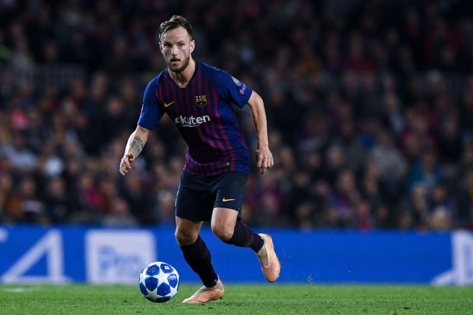 Villarreal Tertarik Boyong Rakitic dari Barcelona