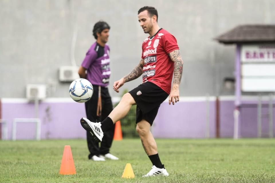 Paulo Sergio Rindu Suasana Ruang Ganti Bali United