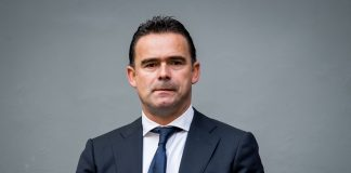 Ajax Tolak Tawaran Arsenal