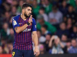 5 Sentuhan, 7 Detik, 1 Gol Terbaik Dari Luis Suarez