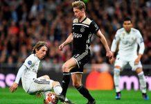Bikin Shock! De Jong Permalukan Pemain Terbaik Dunia