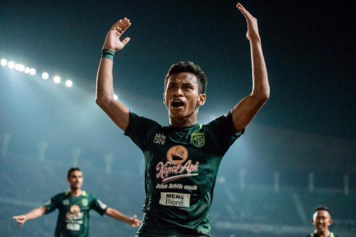 Di Piala Presiden 2019, Irfan Jaya Tampil Stylish