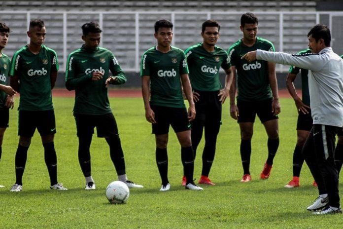 Pelatih Thailand Ungkap Timnas Indonesia 'Lebih Tertekan'