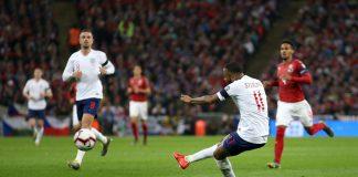 Rooney Puji Dua Bintang Muda Inggris