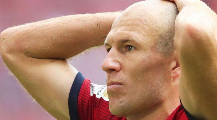 Van Bommel Bujuk Robben Balik ke Klub Lamanya