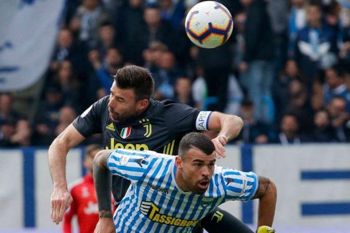 Bek Ini Putuskan Pensiun dari Juventus