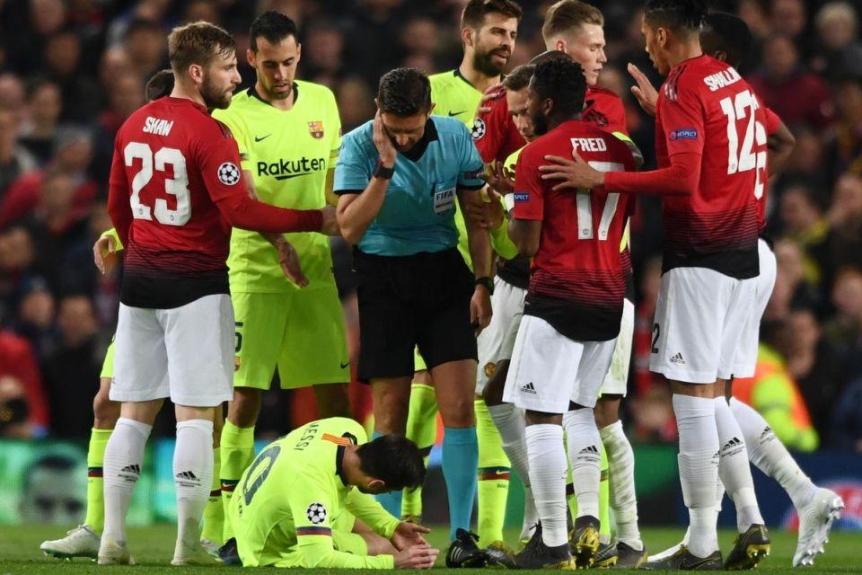 Kala Messi Terkapar, Chant Viva Ronaldo Kian Menggema di Old Trafford