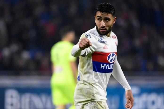 Bintang Lyon Ingin Segera Pergi dan Bergabung Tim Spanyol
