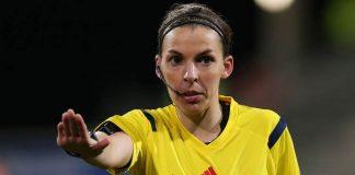 Wasit Wanita Bakal Pimpin Laga European Super Cup!
