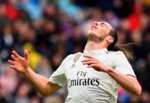 Gareth Bale adalah pemain sepakbola hebat asal Wales. Gareth Bale dikenal mempunyai kecepatan dan dribbling yang spektakuler. Gareth Bale biasa beroperasi