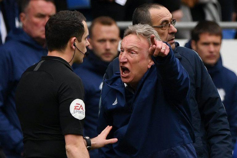 Warnock Sebut Liga Inggris Dipimpin Wasit Terburuk di Dunia