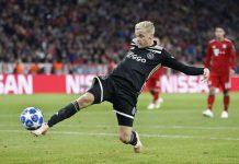 Barcelona dan Madrid Bersaing Dapatkan Servis Donny Van de Beek